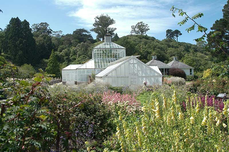 Statues and Structures - Dunedin Botanic Garden
